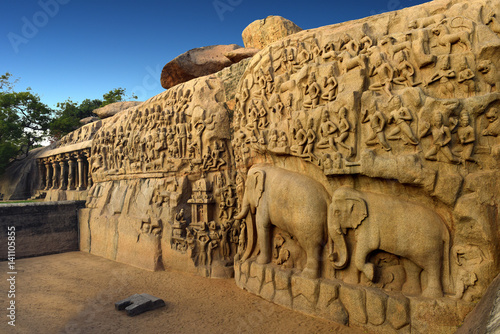 Fényképezés Arjuna's Penance a large rock relief carving in Mahabalipuram, Tamil Nadu, India