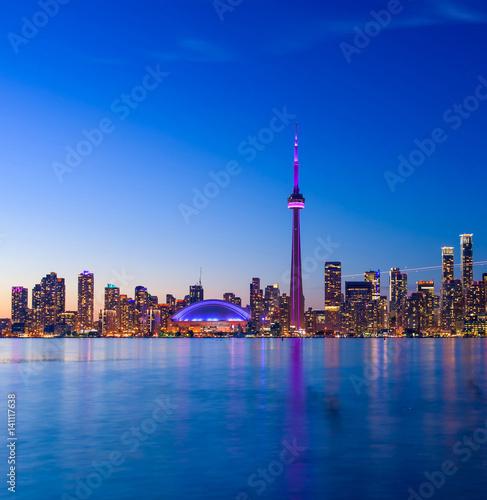 Fotografia  Toronto city skyline at night