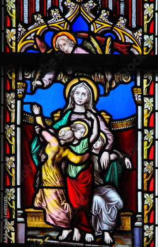 Photo  Stained Glass - Saint Sophia the Martyr and her three daughters
