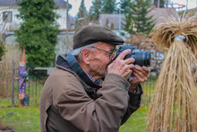 Photographer, Snaper, Old Man,...