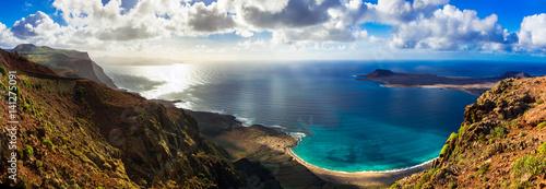 Staande foto Eiland Canary island Lanzarote - breathtaking panoramic view from Mirador del Rio