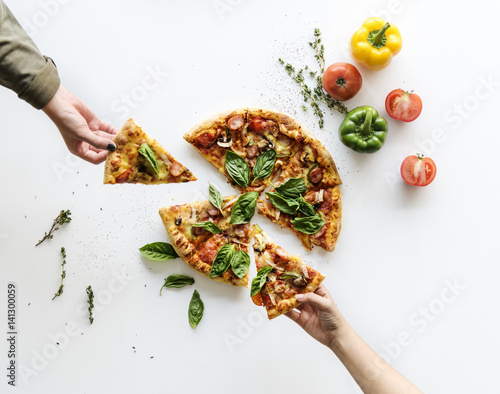 Photo  Delicious Pizza Isolated on White