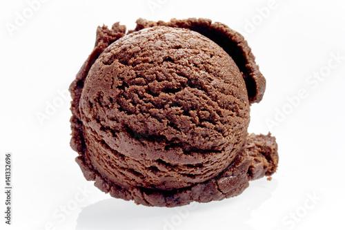 Fotografía  Single Scoop of Rich Chocolate Ice Cream