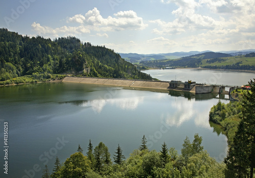 Photo sur Toile Barrage Dam at Czorsztyn lake near Niedzica. Poland