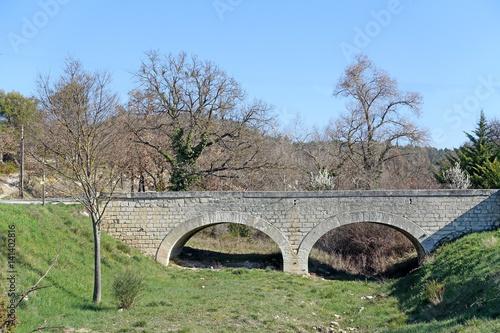 Papiers peints Olive vieux pont
