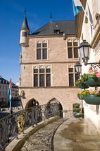 Het Stadhuis Van Echternach Is  Gebouwd In De 15de Eeuw..