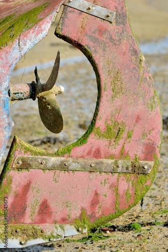 Fotografie, Obraz  Gros plan sur une hélice de bateau