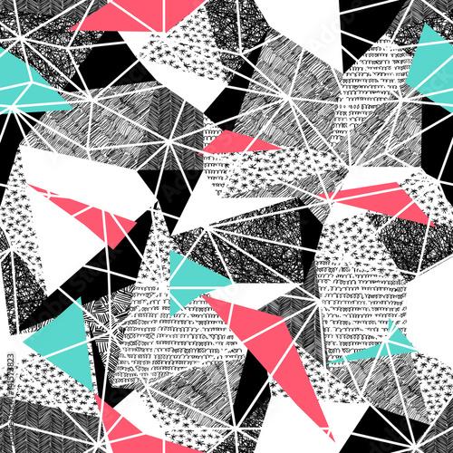 geometryczny-bezszwowy-wzor-w-retro-stylu-vintage-background-triangles-i-recznie-rysowane-wzory-wzor-powtarzalny-bez-szwu-low-poly-t
