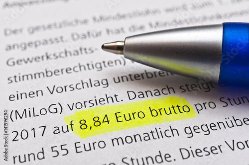 Photo  Lohn und Gehalt