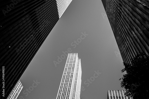 Interesting Framing – Looking up between Skyscrapers in Manhattan, USA