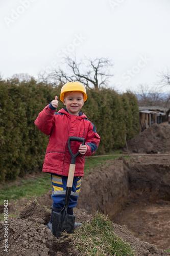 Fototapety, obrazy: small worker
