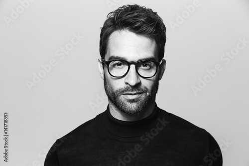 Fototapety, obrazy: Handsome man in spectacles, portrait