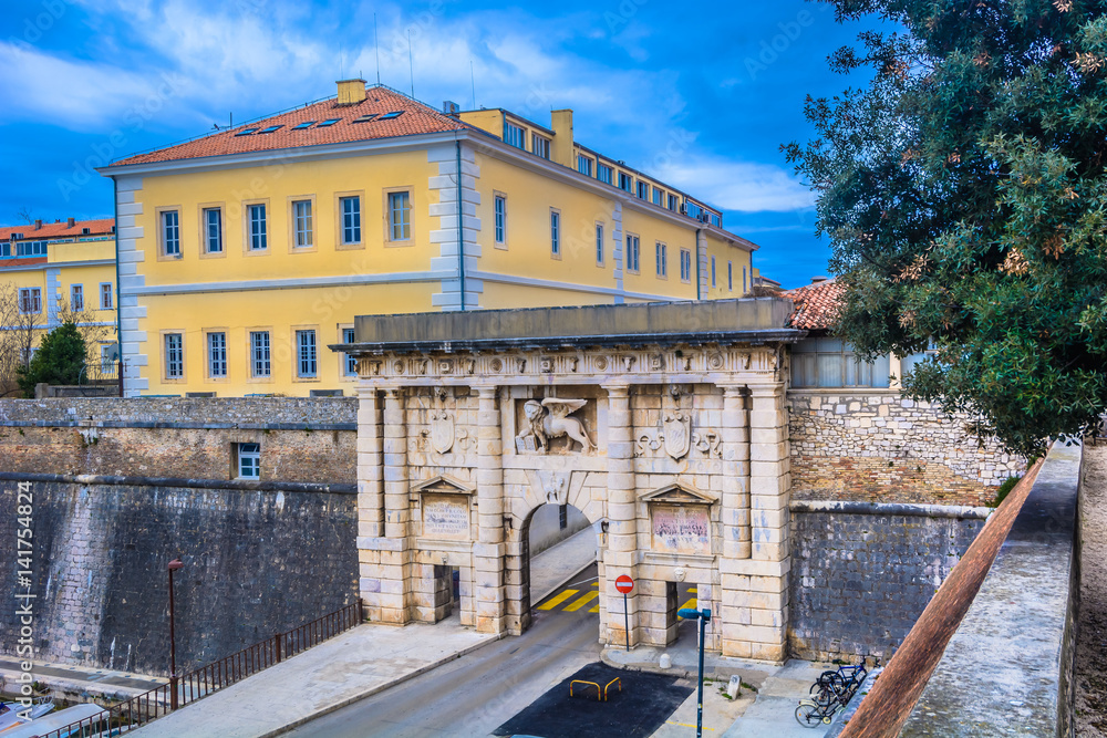 Fototapety, obrazy: City Gate town Zadar. / Scenic view at outdoors public entrance in old city center, Land Gate in town Zadar, Croatia.