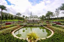 NAKHONRATCHASIMA THAILAND - September 25, 2016 : Beautiful Garden At Kensington English Hotel, Nakhonratchasima, Thailand