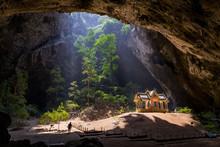 Prayanakorn Cave - Sam Roi Yod...