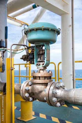 Fotografia, Obraz  Control valve,Pneumatic operate  valve by PLC control  at offshore oil and gas c