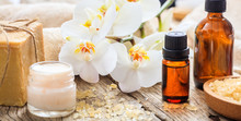 Moisturizing Cream And Orchid - Spa Concept