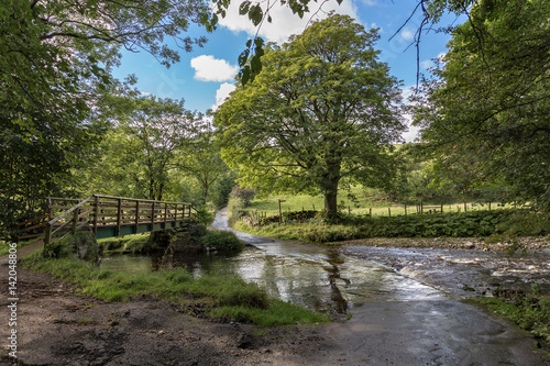 фотография  Flooded ford and footbridge between Smardale and Crosby Garrett, Yorkshire Dales