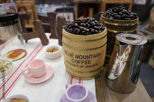 blue mountain coffee Tableau sur Toile