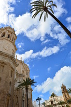 "Kathedrale De La Santa Cruz"" In Cádiz, Andalusien, Spanien"
