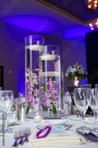 purple orchid wedding centerpiece Tablou Canvas