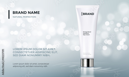 Fotografía  Cosmetic package advertising vector template skin care cream water background
