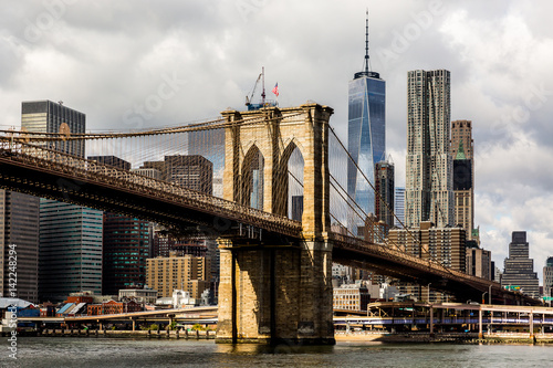Aluminium Prints Brooklyn Bridge Brooklyn bridge and Manhattan Skyline