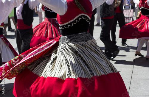 Foto  Traditional portuguese dancers