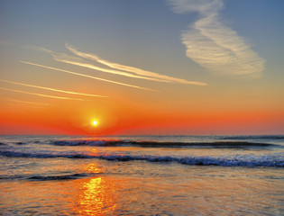 FototapetaBeautiful sunrise over the sea