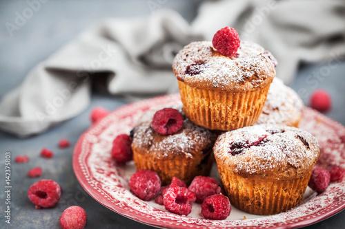 Obraz na płótnie Homemade delicious raspberry muffins