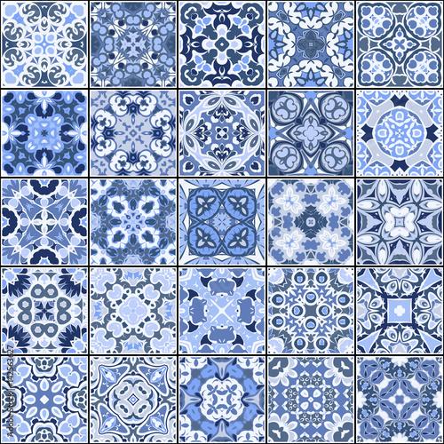 kolekcja-plytek-ceramicznych-w-kolorach-niebieskim-zestaw-kwadratowych-wzorow-w-orientalnym-stylu-ilustracji-wektoro