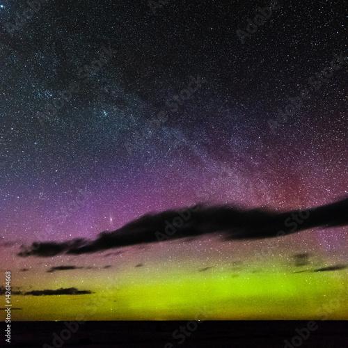 Intense northern lights (Aurora borealis) over Baltic sea Tapéta, Fotótapéta