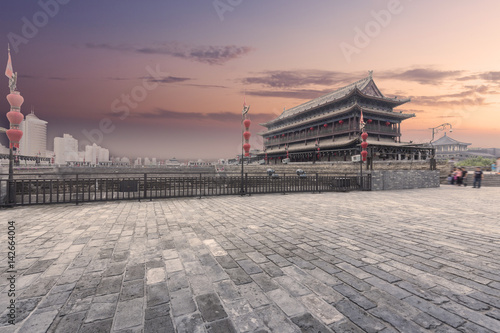 Foto op Plexiglas Xian China xi 'an ancient city wall at night