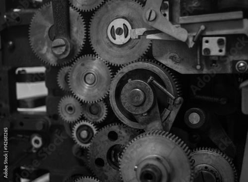 Fototapety, obrazy: The gears of a old and vintage machine
