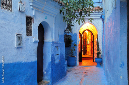 In de dag Marokko The blue city of Chefchaouen. Morocco