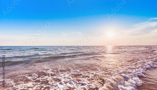 Foto op Aluminium Strand beautiful sunset at sea