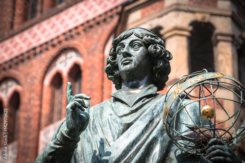 Photo sur Toile Europe de l Est Monument of great astronomer Nicolaus Copernicus, Torun, Poland
