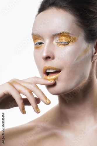 Foto op Plexiglas Beauty Large portrait, golden make-up