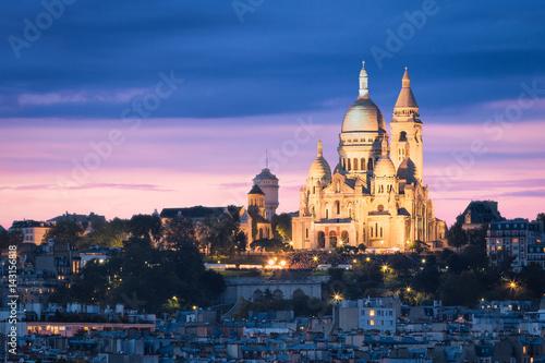 Fototapeta The Basilica of the Sacred Heart (Sacré-Cœur Basilica) during the Blue Hour