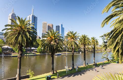 In de dag Melbourne skyline along Yarra river, Australia