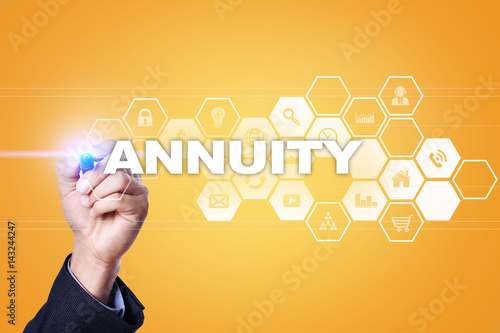Photo Businessman drawing on virtual screen. annuity concept.