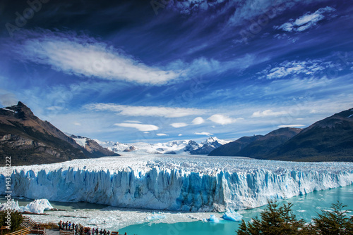 Cadres-photo bureau Glaciers The Perito Moreno glacier in Glaciares National Park outside El Calafate, Argentina