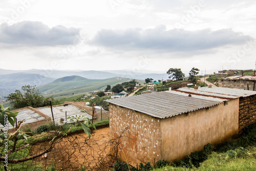 Canvas-taulu South African rural township houses - landscape 1