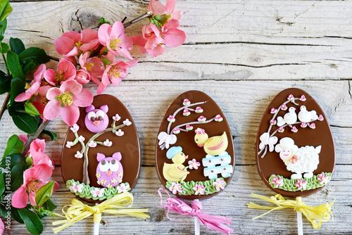 Cuadros en Lienzo  pasqua di fiori e cioccolato