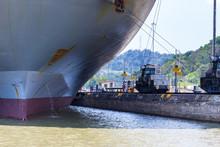 Panama Canal Shipping