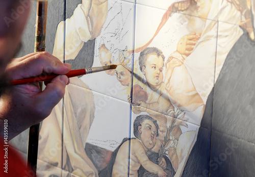 Photo  Pintor de azulejos