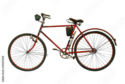 Cadres-photo bureau Velo Antique rusted bicycle isolated on a white background. Retro red bike.
