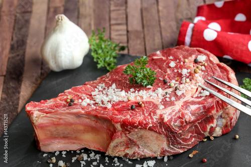 côte de bœuf sur ardoise 2