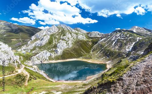 Lago en Asturias