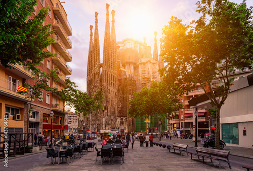 obraz dibond Cozy street in Barcelona, Spain